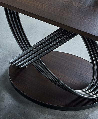 Detal na podstwę stołu Fusion firmy Bontempi z oferty Kler.