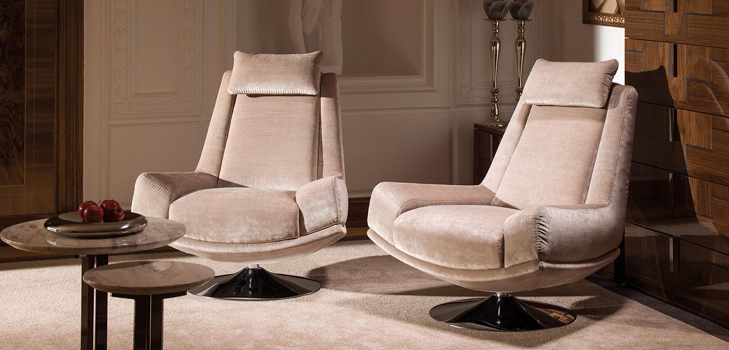 Wnętrze, w odcieniach beżu, zaaranżowane z wykorzystaniem foteli Kler Andante.